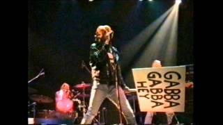 "MOPED LADS playing Ramones ""Pinhead"" / Rote Fabrik, Zürich / 29.05.1999"