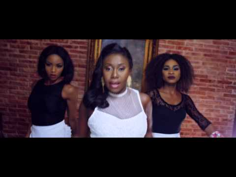 NINIOLA - MARADONA (OFFICIAL VIDEO)