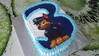 Украшение торта с сахарной бумагой.