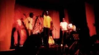 Sauti Sol - Mafunzo ya dunia (live)