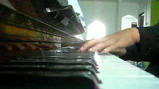 AIZAT- HANYA KAU YANG MAMPU ON PIANO.AVI