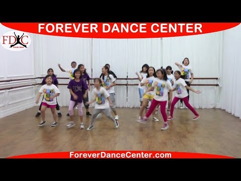 JUSTIN BIEBER - BEAUTY and A BEAT KIDS DANCE CHOREOGRAPHY - YouTube