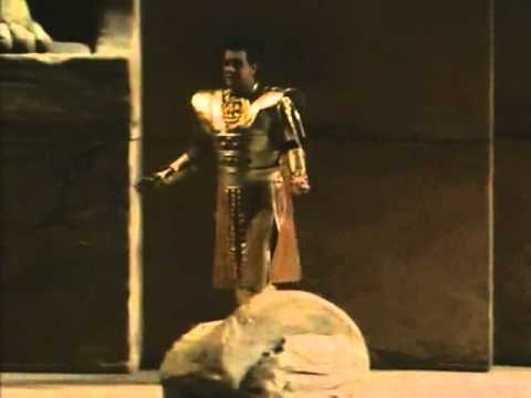 """Celeste Aida"" from Act I of Verdi's Aida (Placido Domingo)"