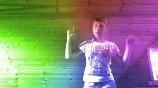 Клип на песню не детское время(Любительское видео на песню Создано с помощью Video Star: http://VideoStarApp.com/FREE., 2014-07-11T05:59:05.000Z)