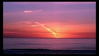 Behold Nibiru Nonbelievers! Huge Flying Alien UFO Sky Bodies Produced Alien Sunsets In 3 States