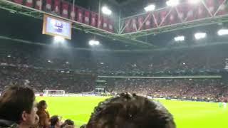Amazing! Tottenham fans in dutch stands when Moura scores qualifying goal in Ajax - Tottenham 2-3
