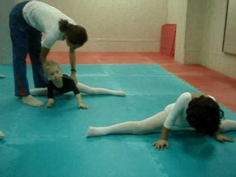 Смотреть отстрапонила гимнастику