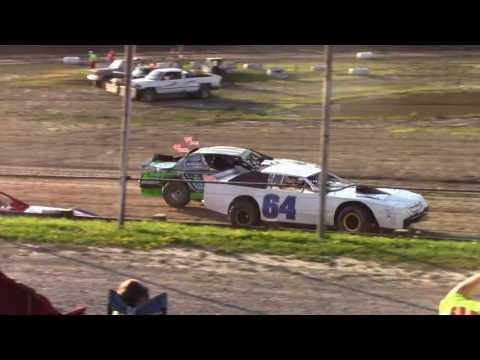 Hummingbird Speedway (7-8-17): Street Stock Heat Race #2