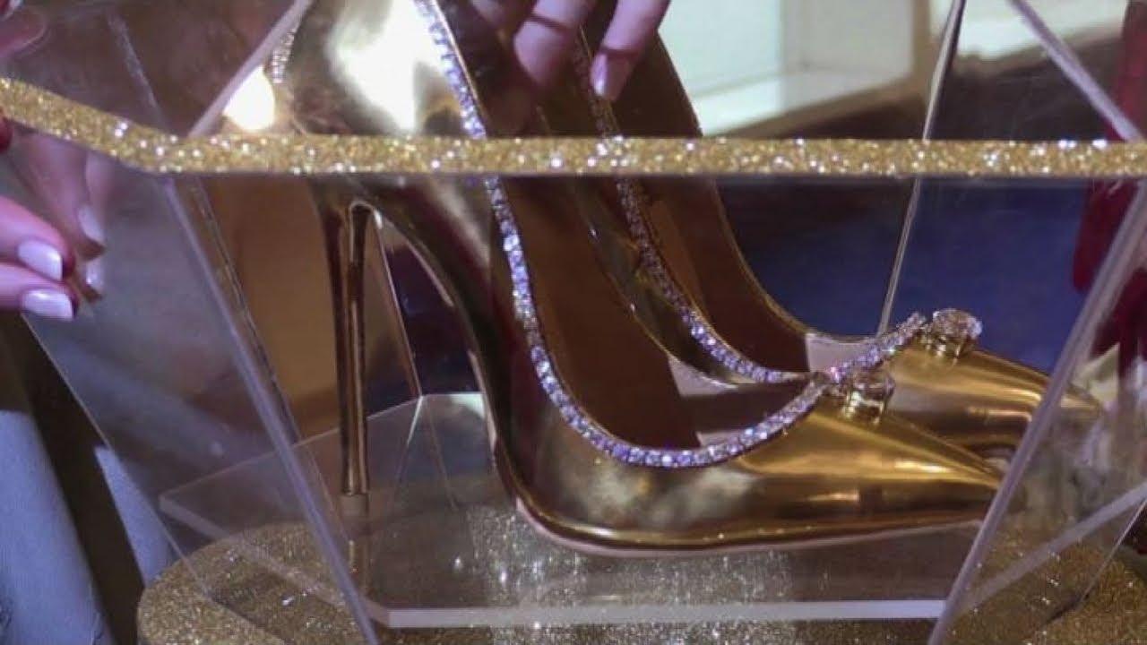 Più A 236 Diamanti Al Dubai Seta Youtube Oro Mondo E Le Scarpe Care qHwTWU