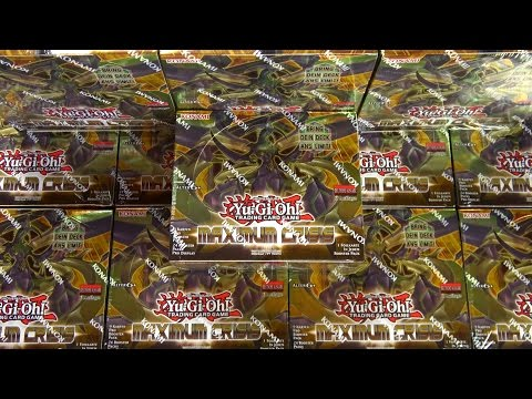 Case Opening - 12x Maximum Crisis Displays