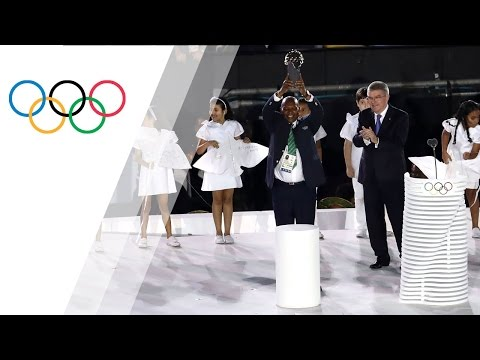 Kip Keino receives first Olympic Laurel distinction