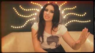 Gigi Radics - Daydream (Official Music Video)