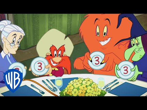 Looney Tunes | The Newspaper Thief Mystery | WB Kids |