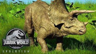 HATCHING FIRST DINOSAURS! Jurassic World Evolution #1