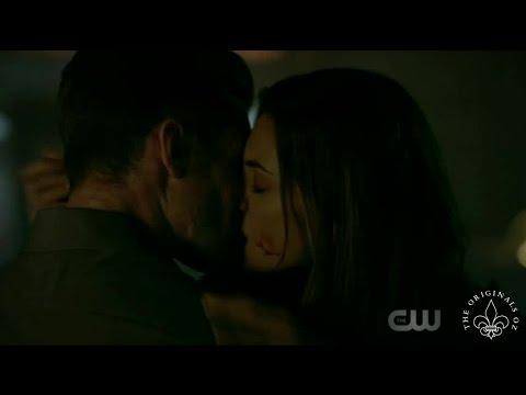 The Originals 4x01 Freya cures Elijah. Hayley & Elijah reunite & Kiss