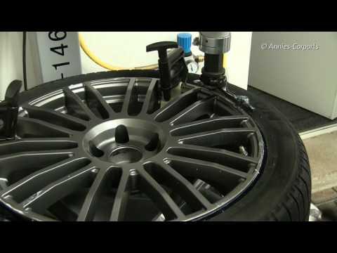 Tesla Model X SUV Winterräder Montage AEZ Strike Graphite RDKS 9x20 Zoll Winter Tires Part 1