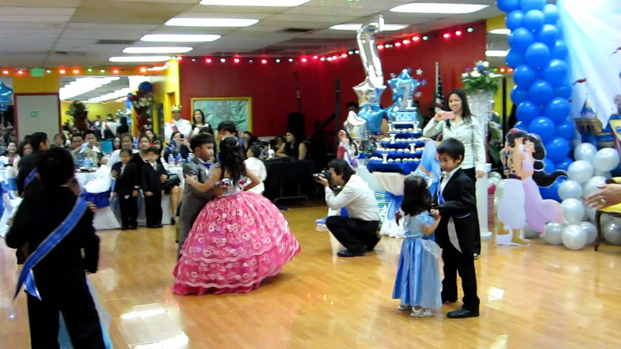 Cotillion for prince adrian josh 39 s 7th birthday party for Decoration ideas 7th birthday party