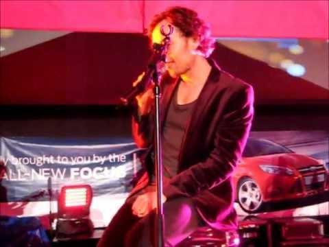 Darren Hayes - project180 festival - 'i want you' lots of jokes! 18/3/12