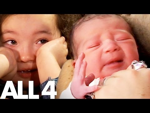 5 Year Old's Reaction Watching Her Own Birth on One Born Every Minute | I Was Born On One Born