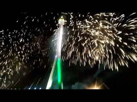 firework at Brunei Darussalam smpna JUBLI EMAS dan pmbukaan Brunei bridge 14.10.2017