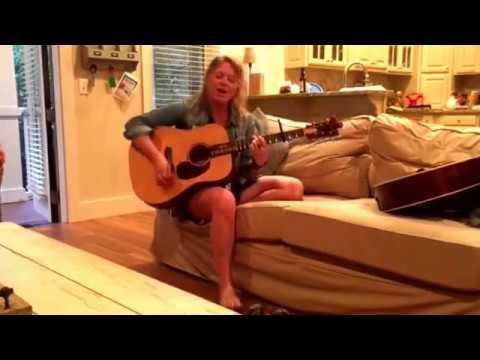 Crystal Bowersox - Rollin' On