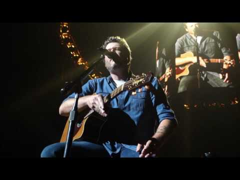 Blake Shelton - Nobody But You + She Wouldnt Be Gone + Austin [10.08.2016]