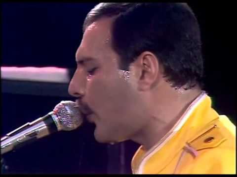 Queen - Lap of the gods & Seven seas of rhye (Live at Wembley)