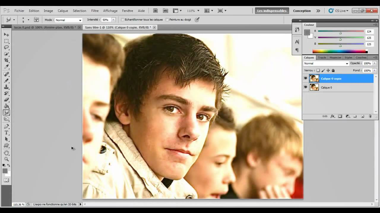 Tutoriel photoshop cs5 l 39 outil correcteur localis youtube for Outil miroir photoshop