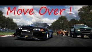 Grid 2 PC Gameplay: Nissan R32 GTR on Brands Hatch: Move Over! [HD] [1080p]