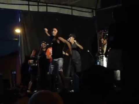 Banda Mirage - Isso é bom (carnaval Rua XV)