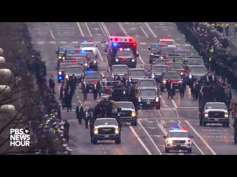 President Donald Trumps motorcade heads to White House
