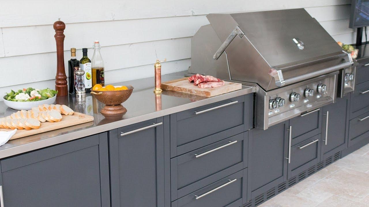 John Michael Kitchens: Luxury Outdoor Kitchens