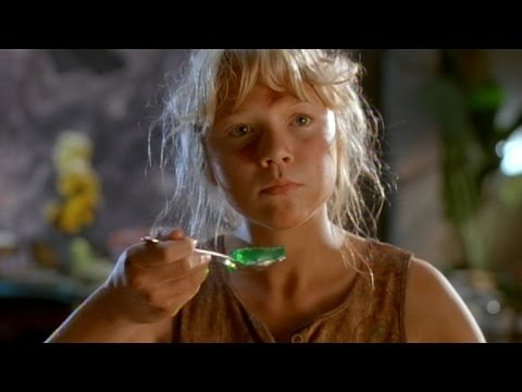 The Little Girl From 'Jurassic Park' Is All Grown Up and Pregnant!