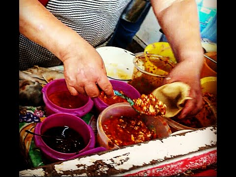 "WARNING!!!!! MEXICAN STREET FOOD. delicious ""GORDITAS"" will make you hungry..."