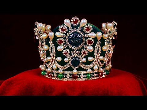 Empress Farah Diba's CROWN  HARRY WINSTON...