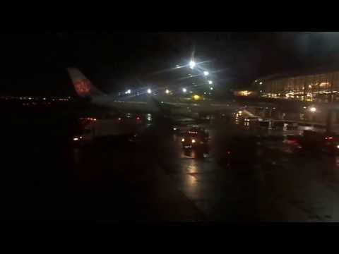 New York (JFK)-to-Vancouver flight: Night takeoff on 23L & metro-area view 2014 02 17