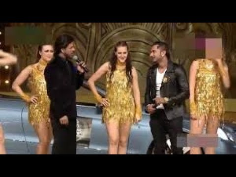 Shahrukh khan fun with yo yo honey singh in award show