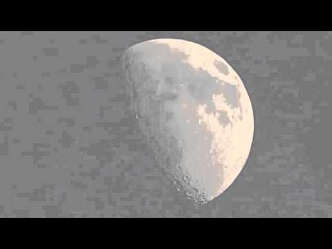 Луна, половинная фаза днем на закате. Ч.1
