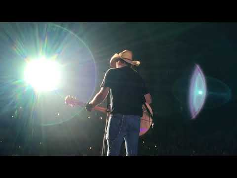 Jason Aldean Any Ol' Barstool  in Spokane