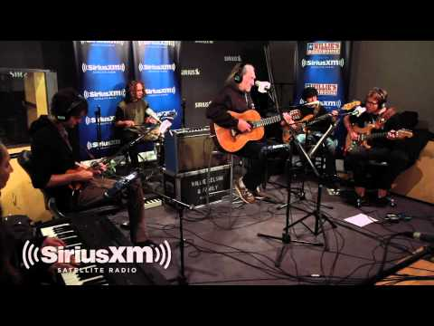 Willie Nelson performs Pearl Jam - @OpieRadio