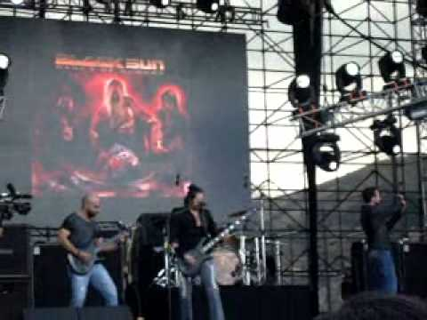 Blacksun - La pinta, la niña y la santa maria (Quitofest 2012)
