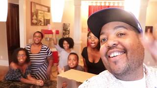 WHAT'S IN THE BOX!?! - Family Game Time Fun! - Onyx Family