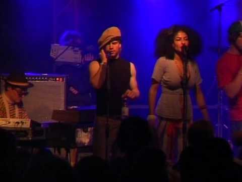 Flowin IMMO et les Freaqz (Nonstock '06)