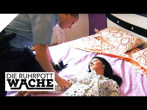 Ausgespäht im Schlafzimmer: Hausmeister verliert die Nerven   Die Ruhrpottwache   SAT.1 TV