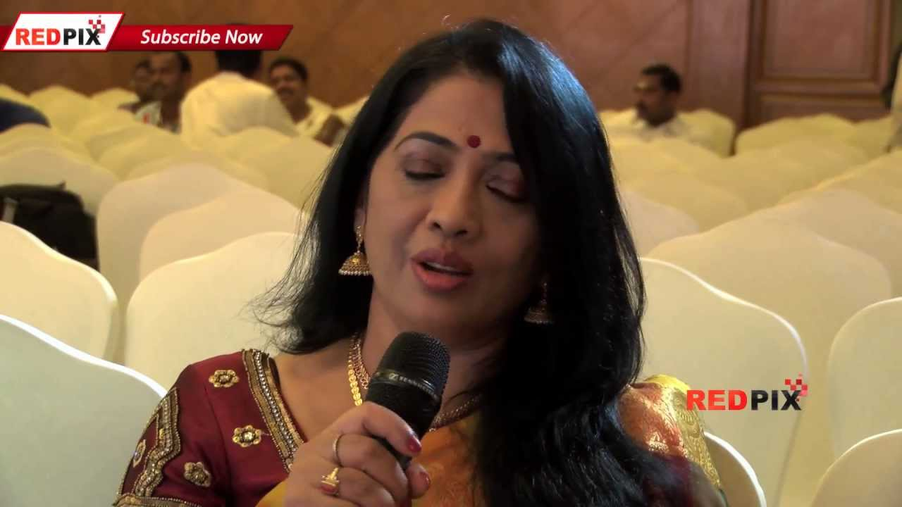 Kadalora Kavithaigal Rekha At Her Ripe Age Lunched Gold Saree Mysore Silks Red Pix Youtube