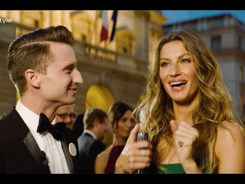 Gisele Singing Despacito Is BEYOND SEXY