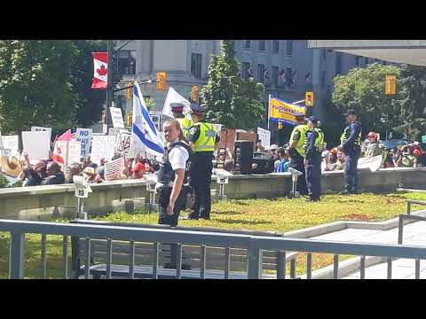 Pegida Protest- London Ontario August 26th 2017 part 2 (Hot cop in black on the left and chanting)