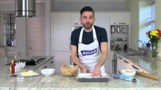 Dean Edwards Cooks A Tasty Sausage Gnocchi Bake With Bacofoil Non-stick