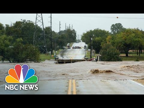 Watch Floodwaters Flow Through Large Parts Of Texas After Heavy Rain!
