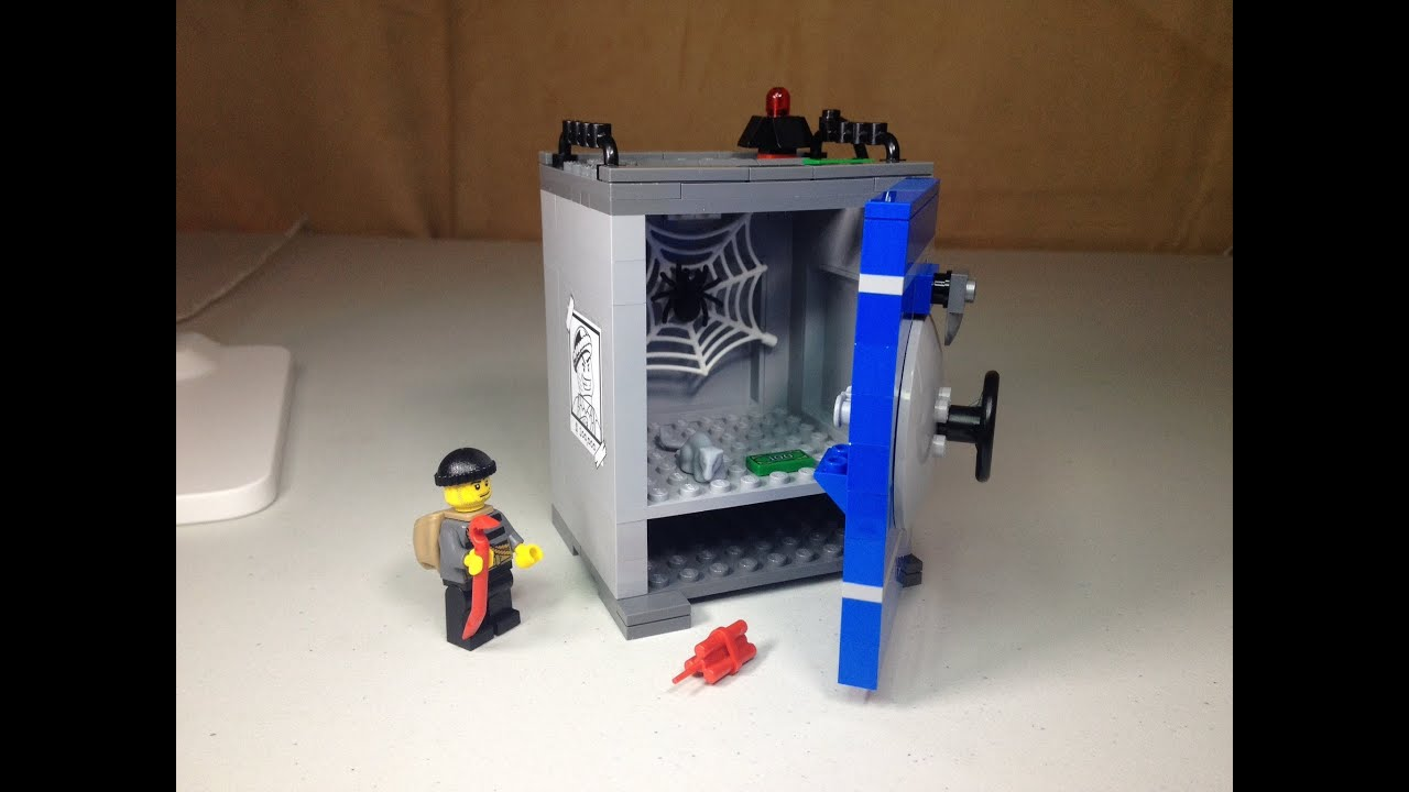 Lego City Coin Bank Set 40110 Review Youtube